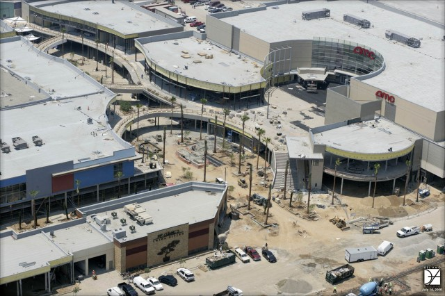 Del Amo Shopping Center - Del Amo Fashion Center 76