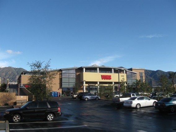 Vons Grocery Store